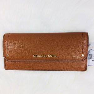 Michael Kors Hayes flat wallet Luggage Brown NWT